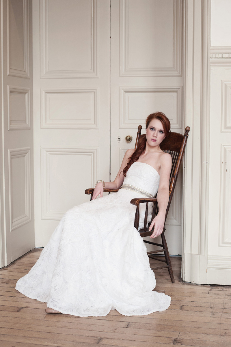 Photographer: Fiona Kelly, MUAH: Sjaniel Turrell, Styling: Andri Benson, Dress: Jenny Packham at Morgan Davies Bridal